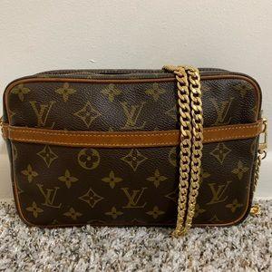 Authentic Louis Vuitton crossbody ❤️